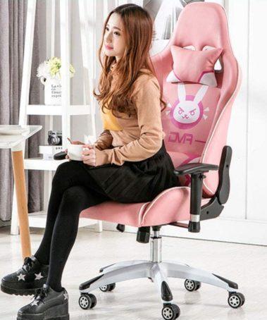 chica sentada silla gamer